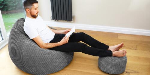 jumbo cord slouchbag with jumbo cord footstool